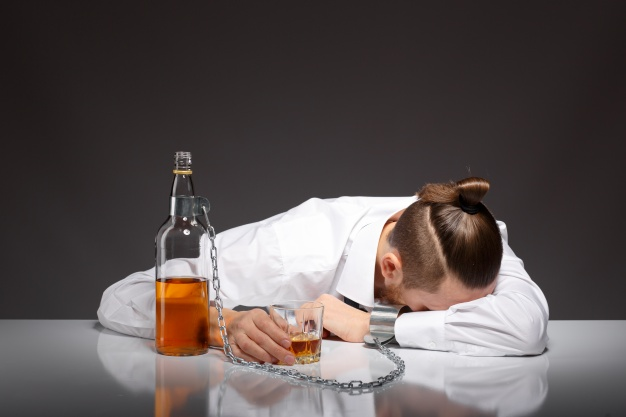 More about alcoholism How does alcoholism lead to death?